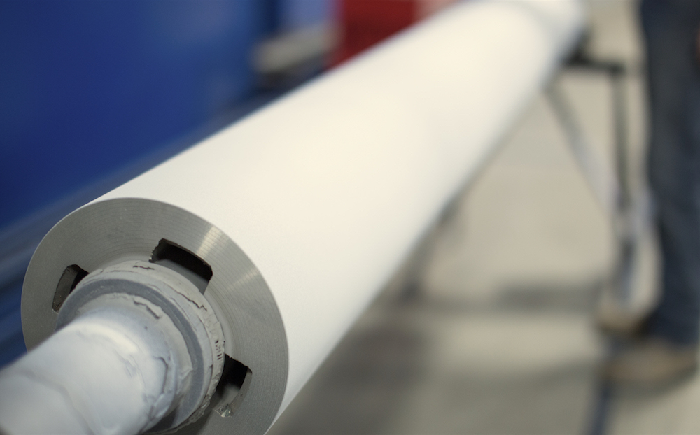 Steel roll sealed with CTS proprietary sealer for optimal performance in molten metal